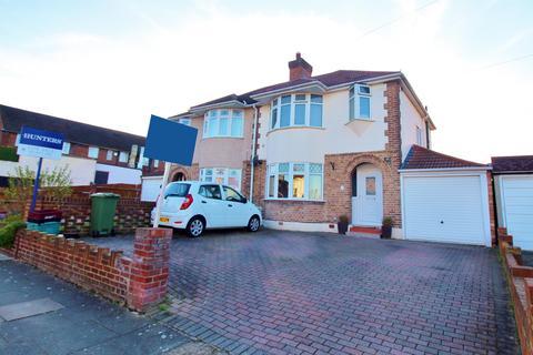 3 bedroom semi-detached house for sale - Swaylands Road, Upper Belvedere, Kent, DA17 6LS