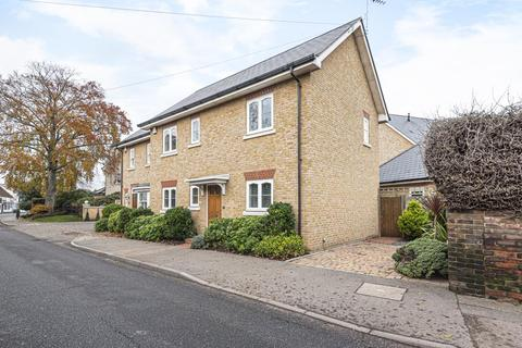 2 bedroom detached house for sale - Lower Sunbury, Middlesex, TW16