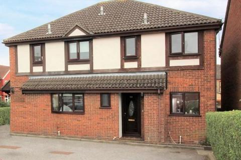 4 bedroom semi-detached house to rent - 1B Greenbank Close, Chingford, London, E4 6TT