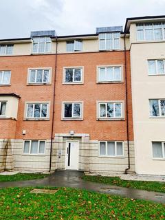 3 bedroom flat for sale - Flat 49, Royston Court, Carlton Road, M16