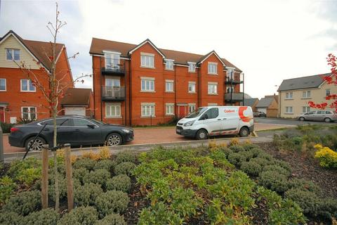 2 bedroom flat for sale - Carrick Street, Aylesbury, Buckinghamshire