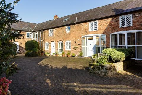 5 bedroom barn conversion for sale - Ridley, Cheshire