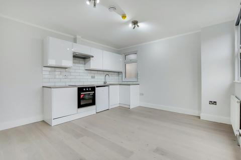 Studio to rent - Golders Green Road, London NW11