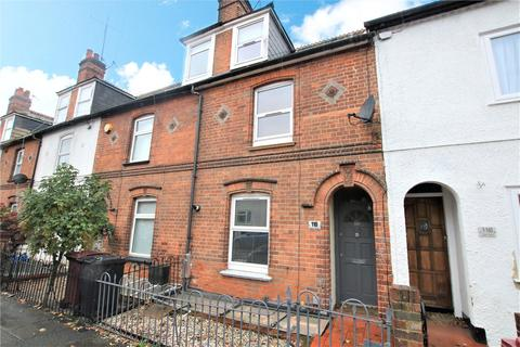 3 bedroom terraced house to rent - Elgar Road, Reading, Berkshire, RG2