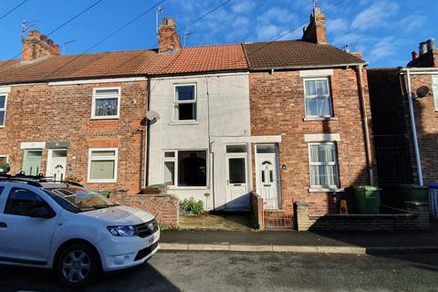 3 bedroom terraced house to rent - Norwood Far Grove, Beverley