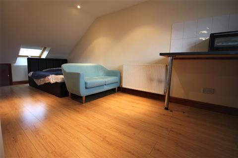Studio to rent - Mill Road, Caversham, Reading, Berkshire, RG4