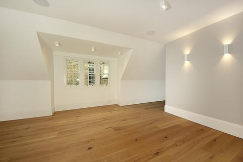 2 bedroom apartment to rent - Ealing Common, W3