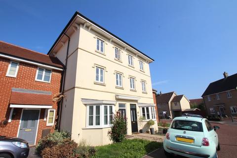 3 bedroom townhouse for sale - Gratian Close, Highwoods