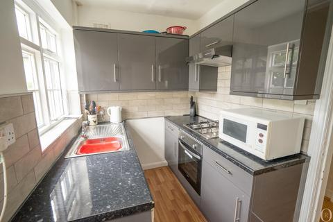 4 bedroom semi-detached house to rent - 4 Bed Student House - By UoL Med School