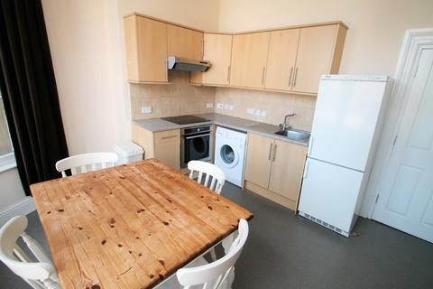 2 bedroom apartment to rent - Alfred Place, Kingsdown