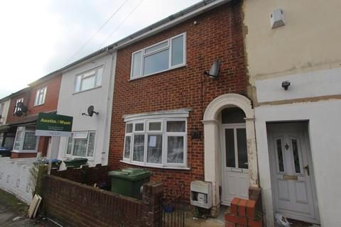 3 bedroom terraced house to rent - Northumberland Road, Southampton