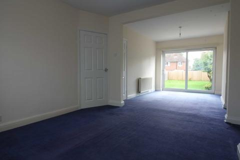 3 bedroom semi-detached house to rent - The Fairway, South Ruislip