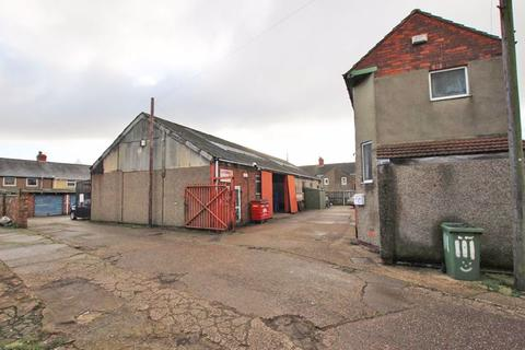 Property for sale - PYEWIPE ROAD, GRIMSBY