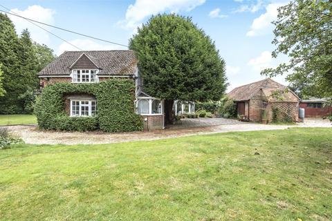 4 bedroom semi-detached house for sale - Ayres Lane, Burghclere, Newbury, Hampshire, RG20