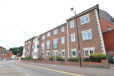 2 bedroom flat to rent - AVELINE COURT