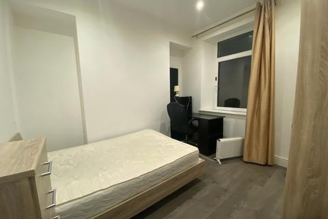 Mixed use to rent - Henrietta Street, Swansea, West Glamorgan