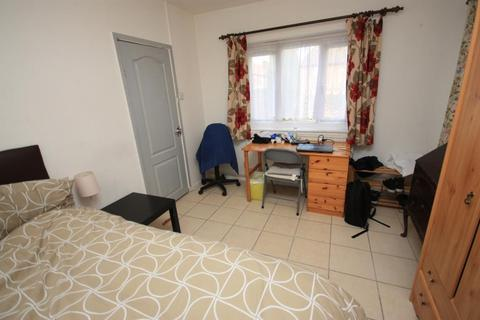 1 bedroom terraced house to rent - Old Oak Common Lane, East Acton, London, W3 7DW