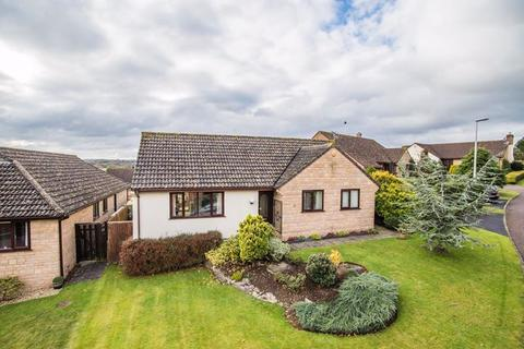 3 bedroom detached bungalow for sale - Millers Way, Tedburn St Mary