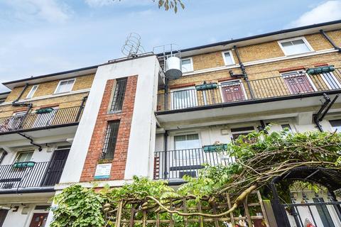 3 bedroom duplex for sale - Southwark Park Est, Bermondsey SE16