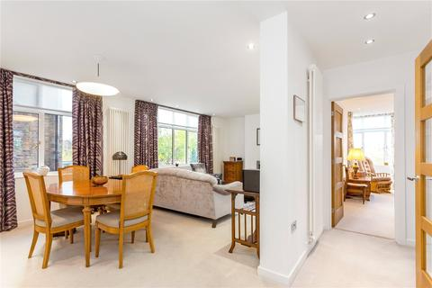 2 bedroom flat for sale - The Lawns, Lee Terrace, Blackheath, London, SE3