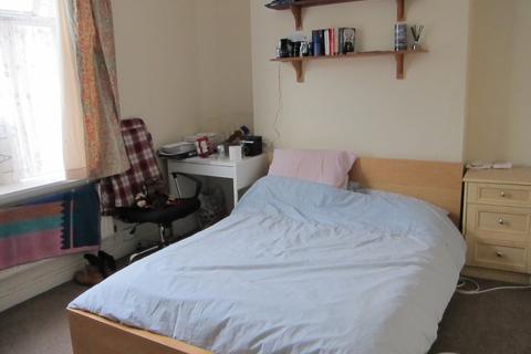 5 bedroom house to rent - Queen Street, Treforest, Pontypridd