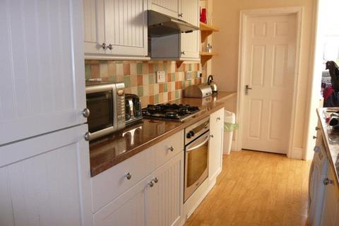 4 bedroom house share to rent - Clodien Avenue, Cardiff, Heath
