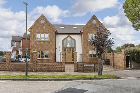 5 bedroom detached house for sale - Farwell Road, Sidcup, DA14