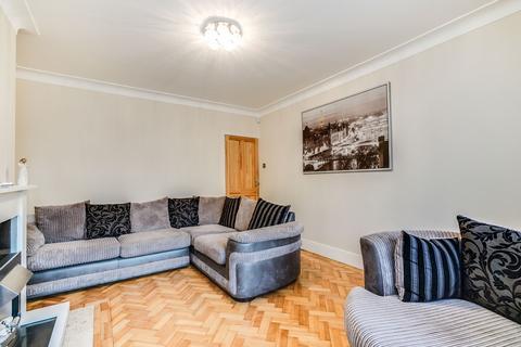 2 bedroom flat for sale - Twyford Court, Twyford Avenue, Acton, W3