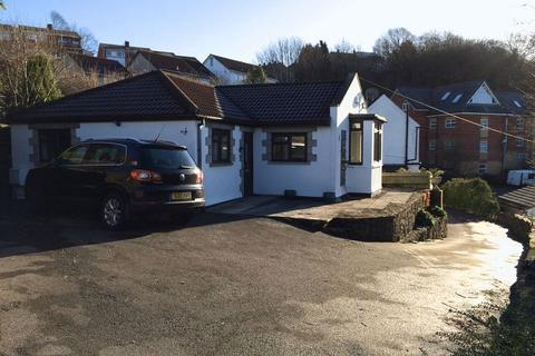 2 bedroom bungalow to rent - Nibletts Hill, Bristol