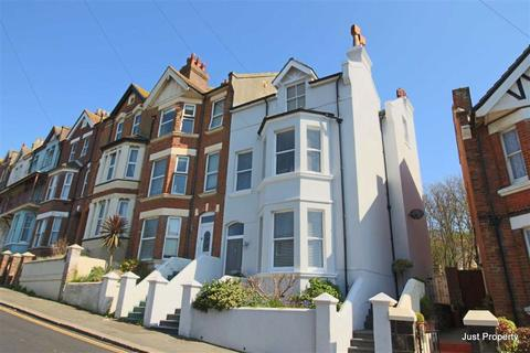 6 bedroom end of terrace house for sale - Wellington Road, Hastings