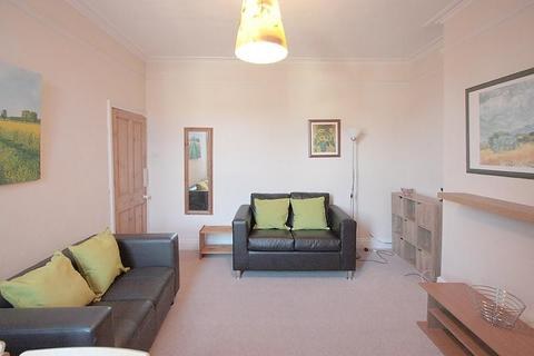 3 bedroom apartment to rent - Newlands Road, Newcastle Upon Tyne