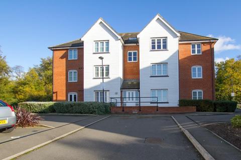 2 bedroom flat for sale - The Links, Herne Bay