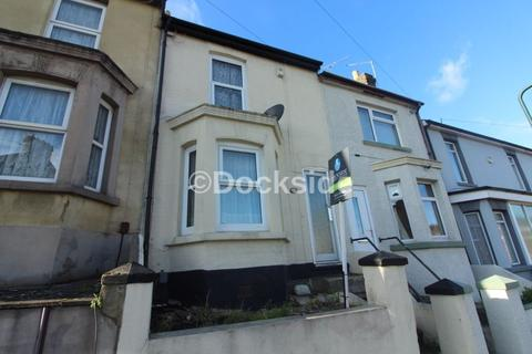 3 bedroom house to rent - Victoria Road, Chatham