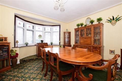 5 bedroom terraced house for sale - Salisbury Hall Gardens, Chingford