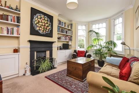 4 bedroom house to rent - Heythorp Street London SW18