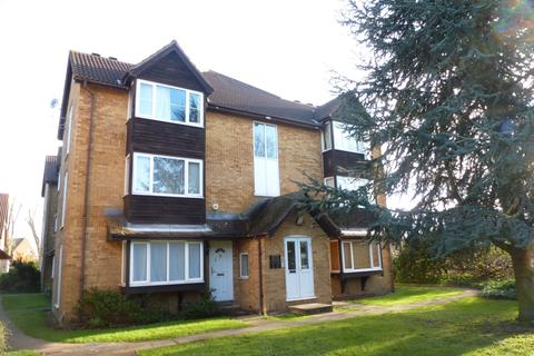 Studio to rent - Knights Manor Way Dartford DA1