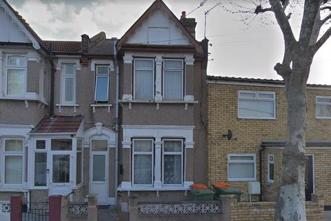 4 bedroom house to rent - Grangewood Street, East Ham, E6