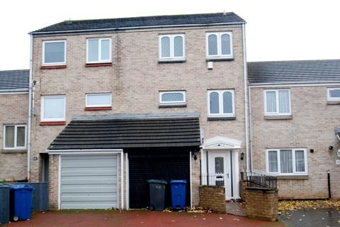 3 bedroom townhouse for sale - Linthorpe Court, South Shields