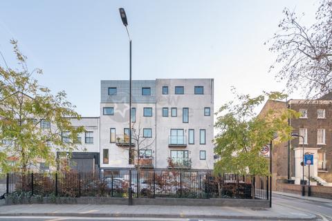 2 bedroom flat to rent - Spurstowe Terrace, Hackney, E8