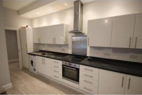 2 bedroom flat to rent - Putney High Street, SW15