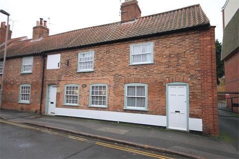 3 bedroom character property for sale - Millgate, Newark, Nottinghamshire. NG24 4TR