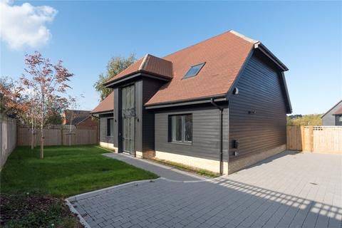 4 bedroom detached house for sale - Scocles Court, Scocles Road, Minster On Sea, Kent