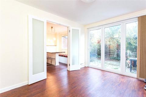 2 bedroom flat to rent - Kingward House, Hanbury Street, London, E1