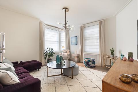 3 bedroom flat to rent - Treborough House, Nottingham Place, Marylebone, London, W1U