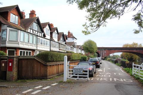 1 bedroom apartment for sale - River Road, Taplow, Maidenhead