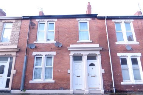 2 bedroom flat to rent - Beaumont Street, Blyth, Northumberland, NE24 1HL