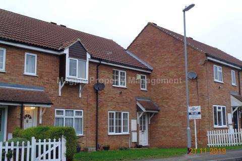3 bedroom terraced house to rent - St Neots