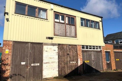 House to rent - Holden Park Road, Tunbridge Wells, Kent, TN4