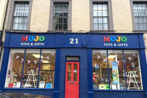 Shop to rent - Fenkle Street, Alnwick, Northumberland, NE66