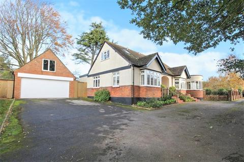 4 bedroom detached bungalow for sale - Mill Lane, High Salvington, Worthing BN13 3DJ